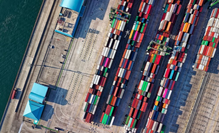 Qu'est-ce qu'un transitaire de transport ?
